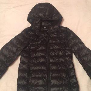 Uniqlo ultra light jacket size small
